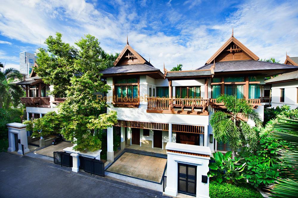 4 Bedroom House for Rent in L & H Villa Sathorn
