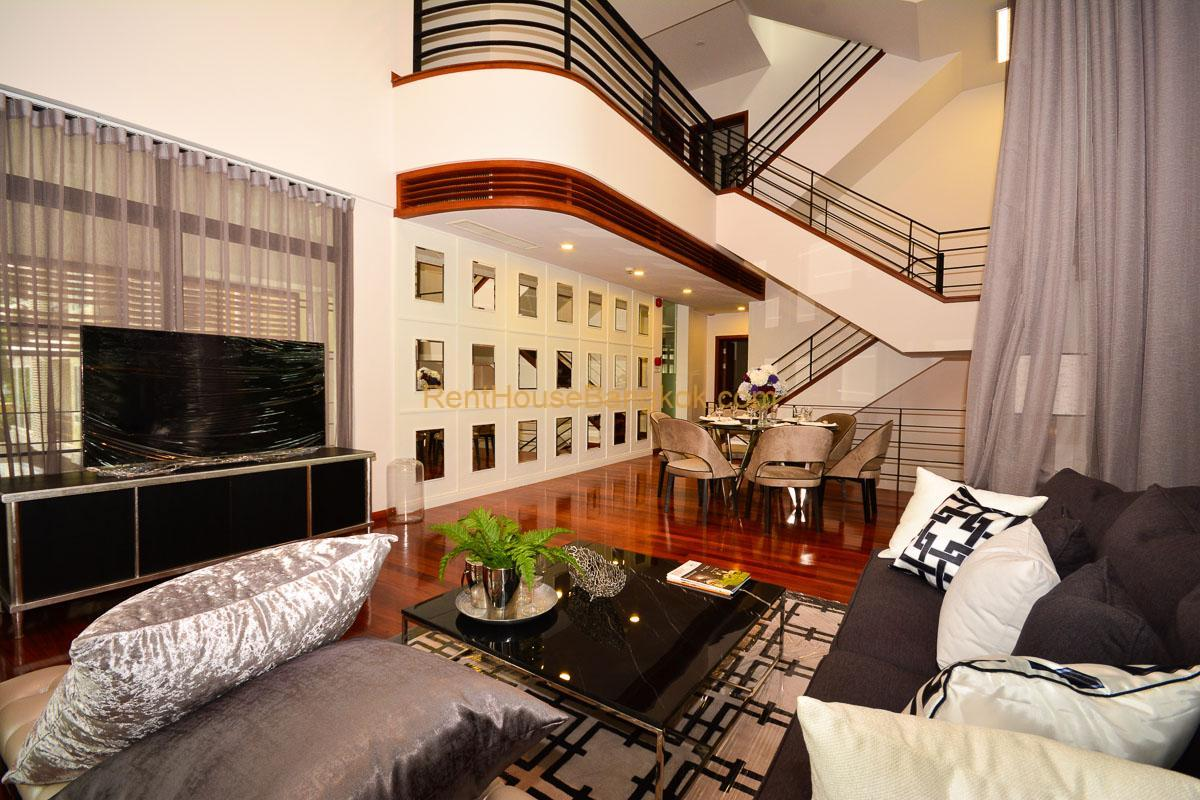 Luxury 3 Bedroom House for Rent in Compound Phrom Phong